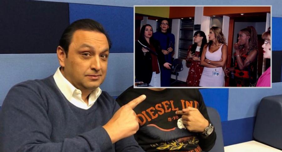 Jorge Alfredo Vargas, presentador, y las actrices del 'Cuartel de las feas' de 'Yo soy Betty, la fea'.