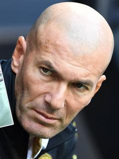 2 caprichos de Zidane definirían si James se queda en el Real Madrid