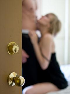 'Pájaro carpintero', la pose sexual con la que hombres 'enloquecen' en el sexo oral