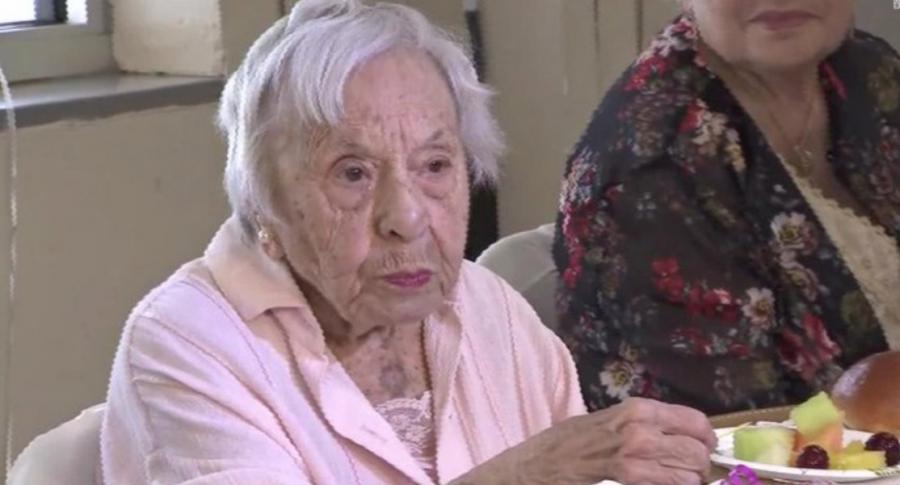 Anciana cumple 107 años.