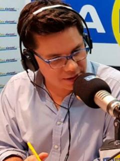 Entrevista de Luis C. Vélez a Uribe no salió como él quería, y terminaron 'agarrados'