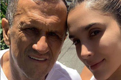 Daniela Ospina, modelo, con su padre, Hernán Ospina.