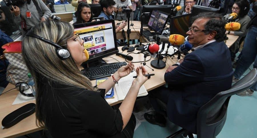 Vicky Dávila y Gustavo Petro
