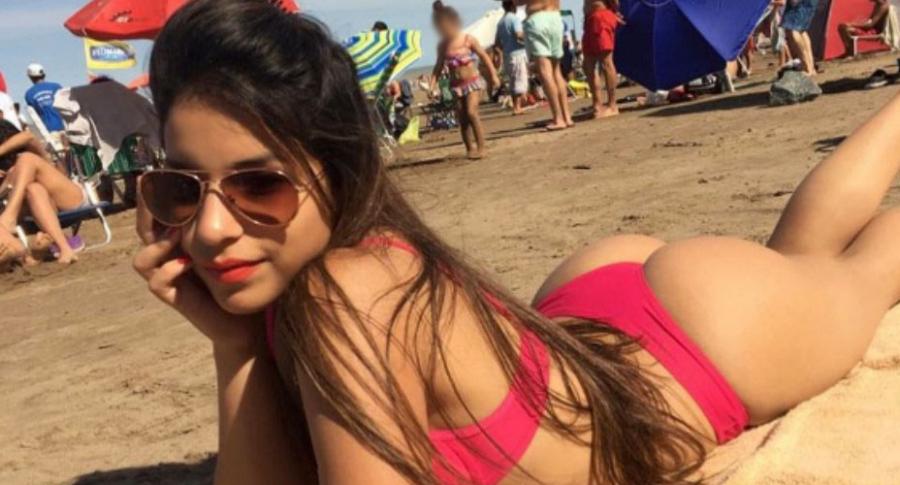 Joven publica foto en bikini.