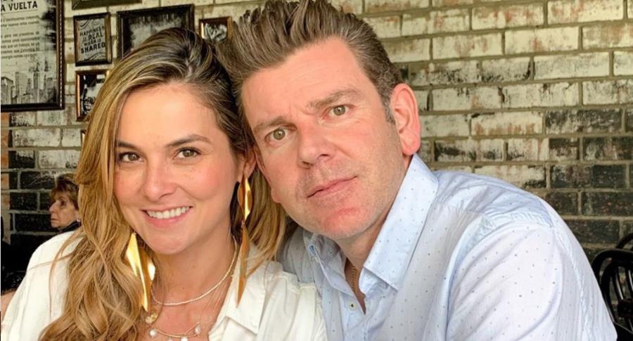 Catalina Gómez, presentadora, y Juan Esteban Sampedro, gerente de Entretenimiento de Caracol.