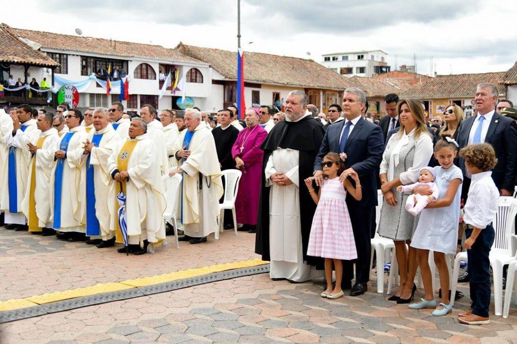 María Juliana en coronación de la Virgen del Rosario de Chiquinquirá