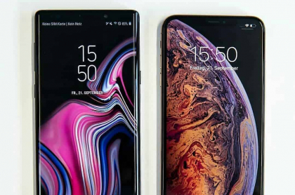 Galaxy y iPhone