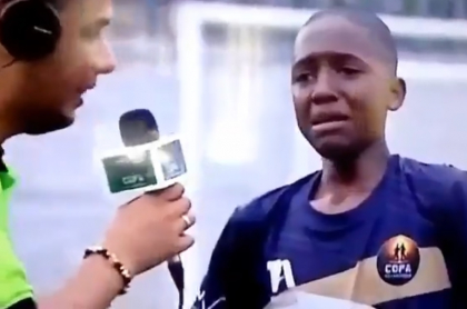 Niño que le dedica gol a su abuela