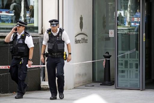 Policía de Londres en el ministerio del Interior
