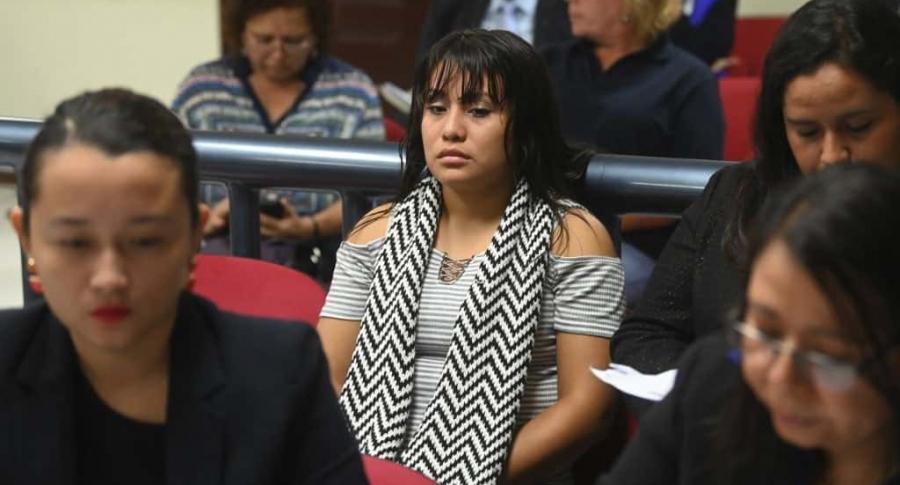 Evelyn Hernández, acusada de homicidio en El Salvador