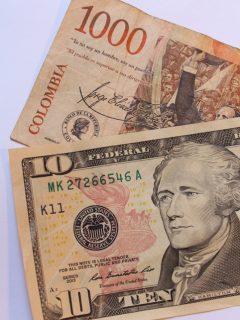 Así se desvalorizó el salario mínimo colombiano frente al dólar desde 2009