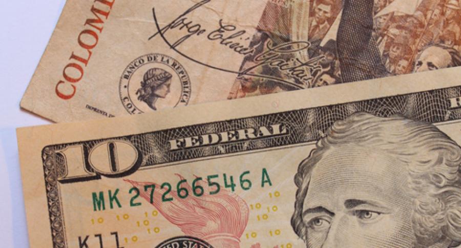 Pesos y dólares