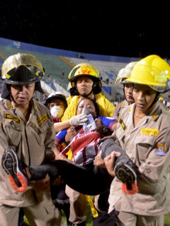 [Video] Tragedia en el fútbol de Honduras; clásico deja 4 muertos y una docena de heridos