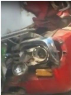 Camión atropelló dos personas, se estrelló con bus de SITP y terminó en una vivienda