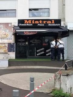 """Impaciente hombre asesinó a tiros a cocinero """"por demorarse mucho preparando sánduche"""""""