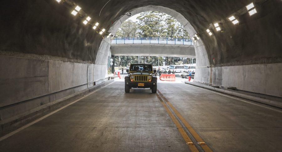 Túnel de Oriente