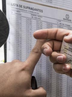 Empresa española estaría interfiriendo para próximas elecciones de octubre en Colombia