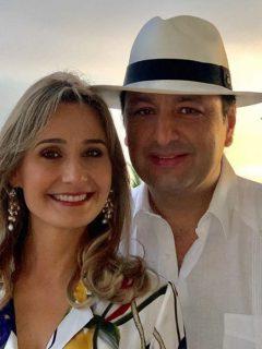 Jorge Alfredo Vargas festejó los 50 años de su esposa con fiesta animada por los Vives