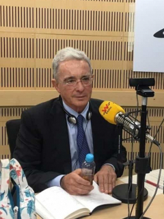 ¿Cómo le fue a Álvaro Uribe en la indagatoria ante la Corte? Vicky Dávila filtró rumor