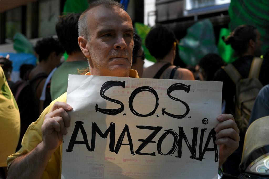 Protesta en Barcelona Amazonia