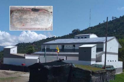 Artefacto explosivo y estación de Policía de Toribío