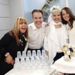 El elenco de 'Sábados felices' en el matrimonio de 'la Gorda' Fabiola y 'Polilla'.