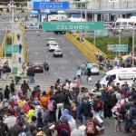 Venezolanos en el Puente Internacional Rumichaca