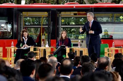 Mintransporte y presidente Iván Duque