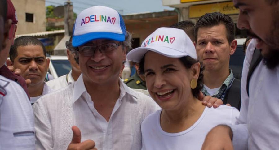 Gustavo Petro y Adelina Covo.