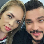 Jessi Uribe, cantante, con su esposa Sandra Barrios.