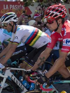 Miguel Ángel López, Alejandro Valverde y Primoz Roglic