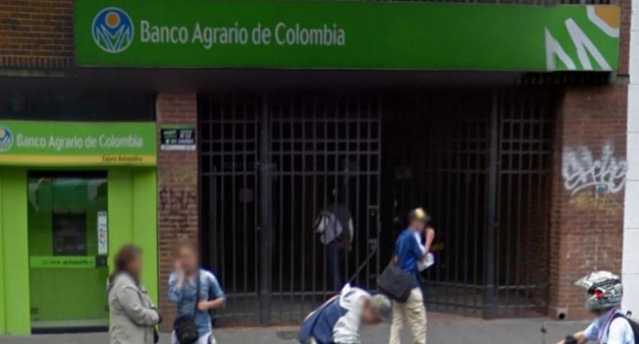 Fachada oficina Banco Agrario