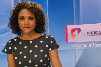 Mábel Lara, presentadora de Noticias Uno