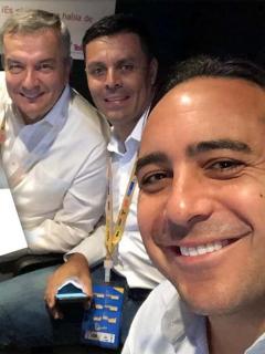Egan ridiculiza a comentaristas de ESPN y se ríe de análisis de Óscar Restrepo