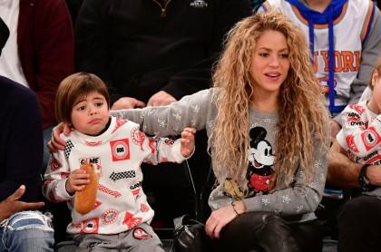 Shakira y su hijo Milan