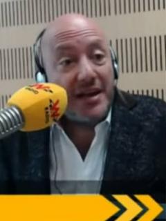 Julio Sánchez y Daniel Samper, periodistas, y Esperanza Gómez, actriz porno.