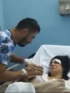 Pedida de mano de Colombianos en clínica de Cuba