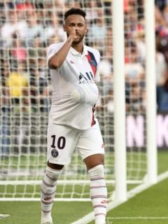 Golazo de chilena de Neymar que hinchas de PSG celebraron después de que lo insultaron