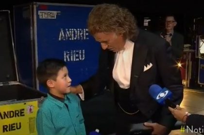 Andre Rieu y niño flautista