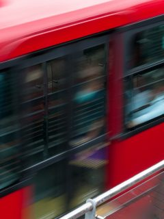 Troncal de Las Américas colapsa por fallas mecánicas de bus de TM