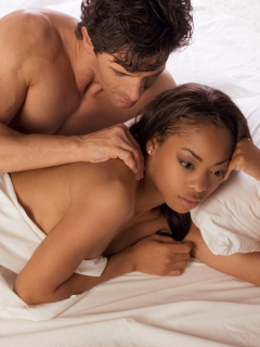 Mujeres antifeministas y con creencias tradicionales fingen más orgasmos, dice estudio
