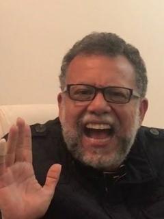 Padre Alberto Linero y escena de la boda de 'Betty' y 'Armando'