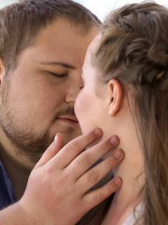 3 poses sexuales que mujeres gordas deberían hacer para sentir más placer