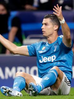A Cristiano le gritaron violador y le desearon la muerte en partido contra el Atlético