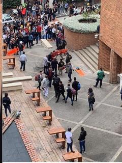 Identifican a estudiante que murió tras caer de un edificio de la Javeriana