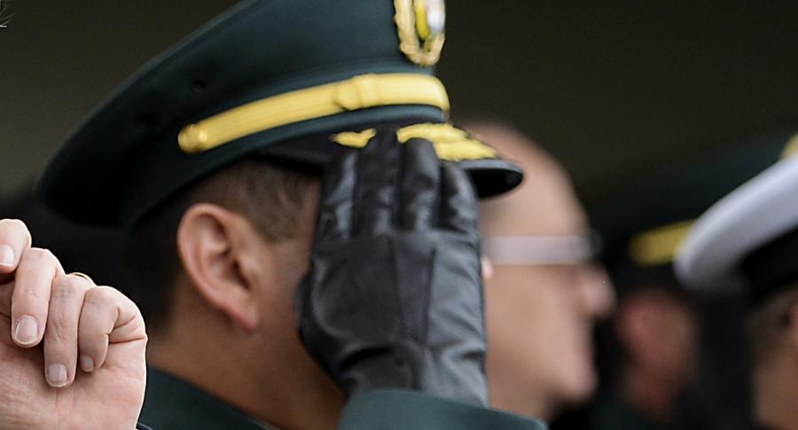 Oficial de las Fuerzas Militares.