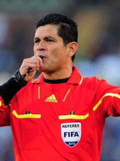 """""""Todos los árbitros deben pasar por mi cama"""": otra fuerte denuncia en contra de Ruiz"""