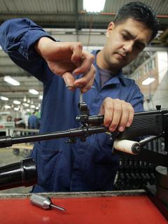 El negociazo que acaba de hacer Colombia con fusiles Galil fabricados por Indumil