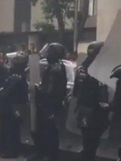 [Video] Dispersan manifestantes después de fuertes disturbios, cerca de la U. Distrital