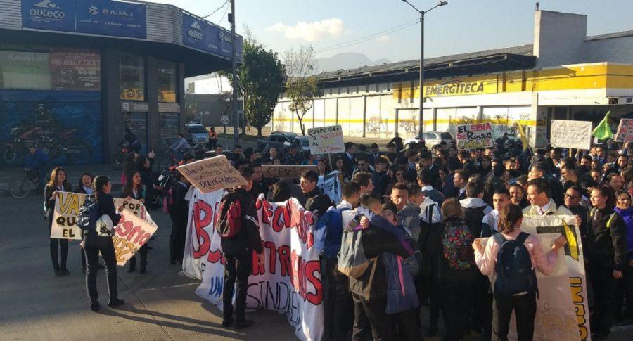 Marchas de estudiantes del Sena.